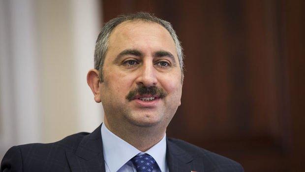 Adalet Bakanı Gül: Türkiye dışında ne bir dikili ağacım ne de param var