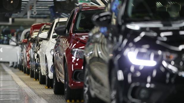 Otomobil ve hafif ticari araç satışları Temmuz'da yıllık % 36 düştü