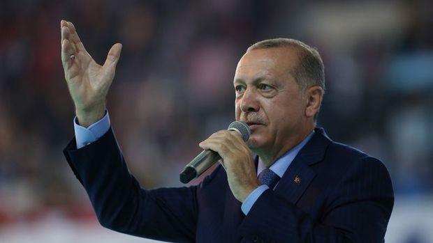 Erdoğan: ABD'li iki bakanın mal varlıklarını donduruyoruz
