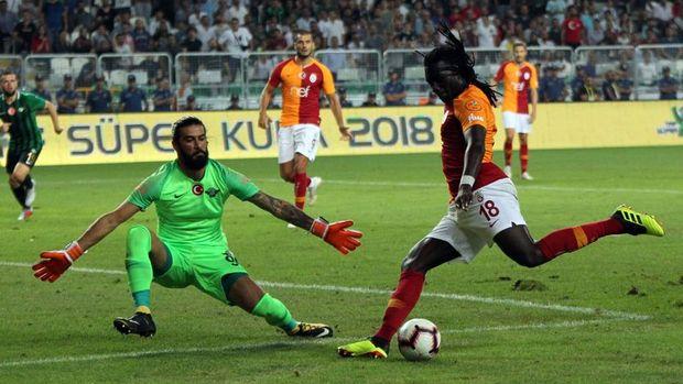 Akhisarspor Süper Kupa'nın sahibi oldu
