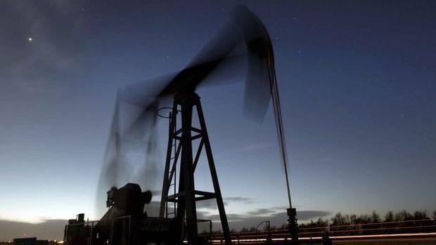 Petrol ticaret savaşı fiyatlamalarıyla 69 dolar civarında