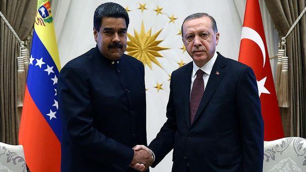 Erdoğan Maduro ile görüştü