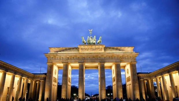 Almanya'da sanayi üretimi haziranda düştü