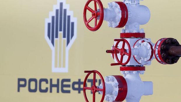 Rosneft'in net karı 2. çeyrekte tahminleri aştı