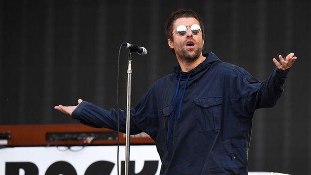 Liam Gallagher ilk kez Türkiye'de konser verdi