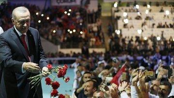 Erdoğan: Birileri bizi güya dövizle, kur, faizle tehdit e...