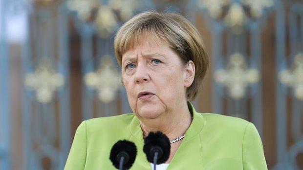 Merkel'den Türkiye ekonomisiyle ilgili açıklama