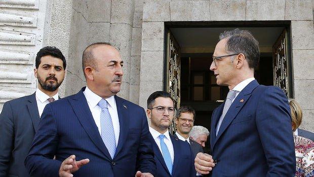 Bakan Çavuşoğlu: Saldırıların yanlış olduğunu Rusya'ya ilettik