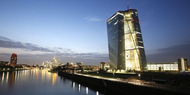 Uluslararası piyasalar Avrupa ve İngiltere Merkez Bankaları