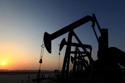 Petrol arz haberlerinin etkisi ile 70 doların a...