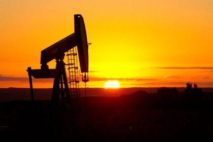 ABD'nin ticari ham petrol stokları geçen hafta ...