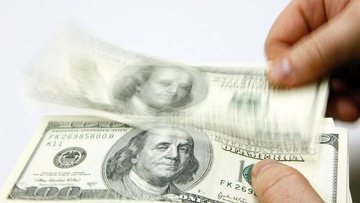 Dolar/TL %1'in üzerinde düşüşte