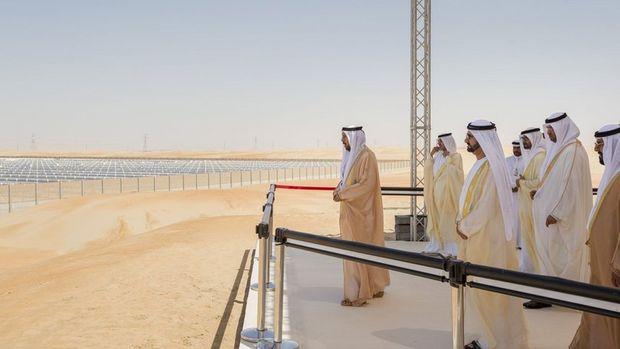 Suudi Arabistan 200 gigavatlık güneş enerjisi projesini askıya aldı