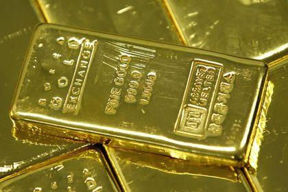 Altın ticaret savaşı ve petroldeki yükselişle d...