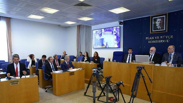 Kalkınma Bankası'nı yeniden yapılandıran teklif komisyonda kabul edildi