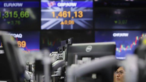 Asya para birimleri haftalık bazda düştü