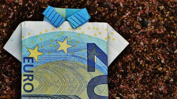 Euro Bölgesi'nde yatırımcı güveni 2 aydır düşüşte