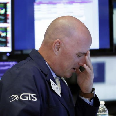 Küresel Piyasalar: Asya hisseleri ve sterlin düştü, petrol yükseldi