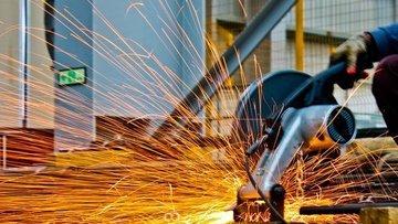 Sanayi üretimi Ağustos'ta geriledi