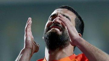 Başakşehir Arda Turan'a 2.5 milyon lira para cezası verdi
