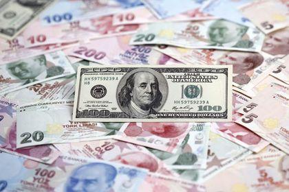 Dolar/TL kayıplarını hızlandırdı