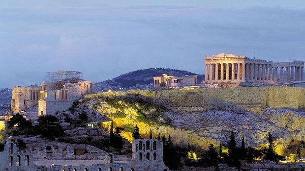 Yunanistan 2017'de yüzde 1,5 büyüdü