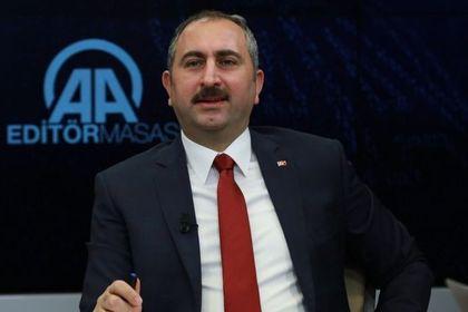 Bakan Gül: Türkiye Kaşıkçı olayını başarılı bir...