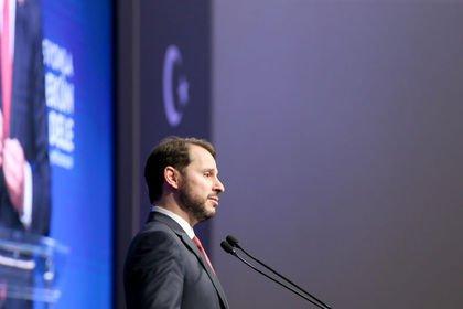 Albayrak: Türkiye ekonomisinde yaşanan dalgalan...