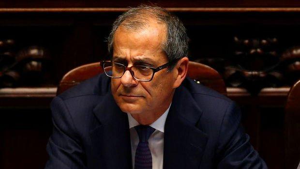 İtalya AB'ye bütçe hedeflerinden vazgeçmediğini bildirdi
