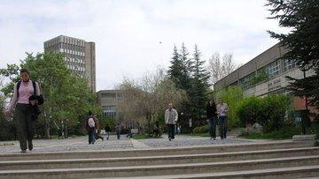 THE sıralamasında eğitimde ODTÜ, sosyal bilimlerde Koç Ün...
