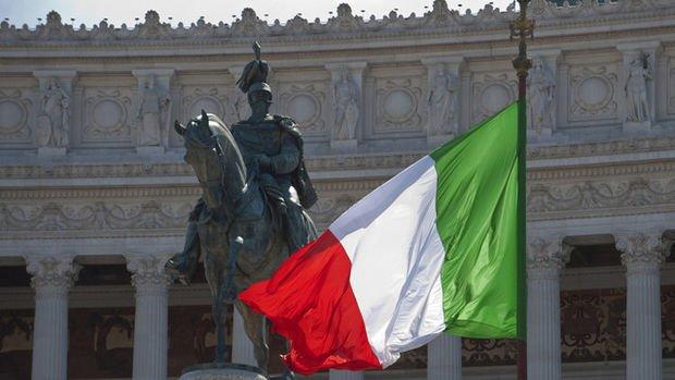 İtalya bütçe planını değiştirmeyecek