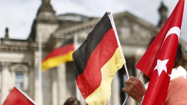Almanya ile yatırım zirvesi bugün Ankara'da başlıyor