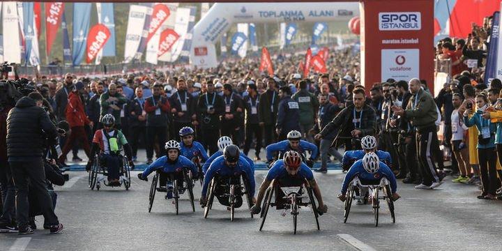 İstanbul Maratonu başladı, bazı yollar kapatıldı