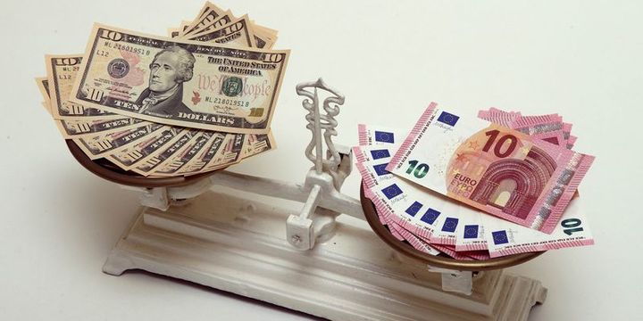 Euro/dolar 1 yıldan beri ilk kez 1.13