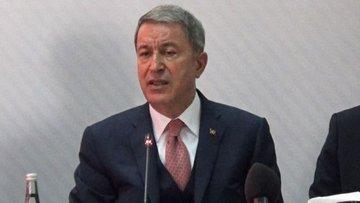 Milli Savunma Bakanı Akar'dan Hakkari'deki patlamayla ilg...