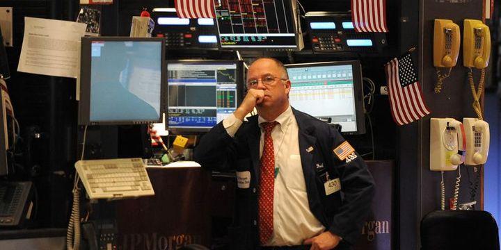 Küresel Piyasalar: Dolar 18 ayın zirvesinden geriledi, petrol düşüşünü 12