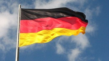 """""""Almanya elektrikli otomobil bataryası üretimi için 1 mil..."""