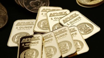 Altın Powell'ın açıklamaları sonrası kazancını korudu