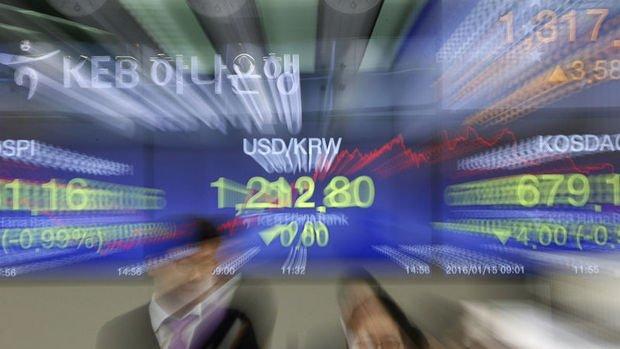 Asya'da çoğu para birimi yükseldi