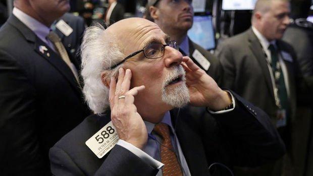 Küresel Piyasalar: Dolar ve tahviller yükseldi, hisseler düştü