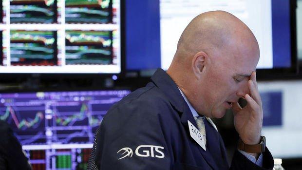 Küresel Piyasalar: Dolar düştü, hisse senetleri keskin kayıpların ardından yükseldi