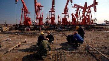 ABD'nin petrol stokları son bir yılın zirvesinde