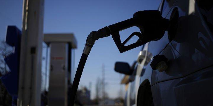 Benzin fiyatında yeni indirim bekleniyor