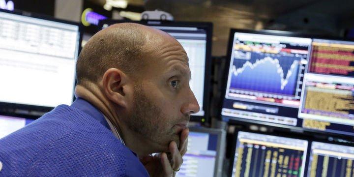 """Küresel Piyasalar: Dolar """"tatil"""" sonrası güçlendi, hisseler yükseldi"""