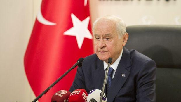 Bahçeli: İstanbul,Ankara ve İzmir'den aday göstermeyeceğiz