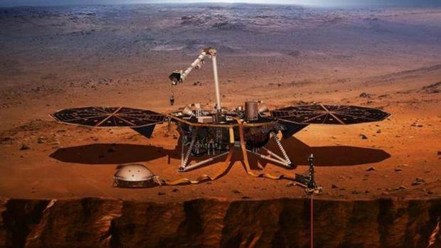 NASA uzay aracı Mars'a indi