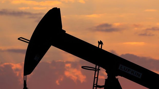 Petrol OPEC görüşmeleri yaklaşırken düştü
