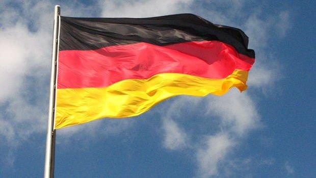 Almanya'da hizmet PMI'sı Kasım'da 6 ayın düşüğüne geriledi