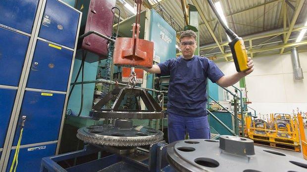 Almanya'da fabrika siparişleri Kasım'da 3. kez arttı