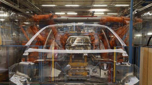 Avrupa'da sanayi üretimi Ekim'de yükseldi